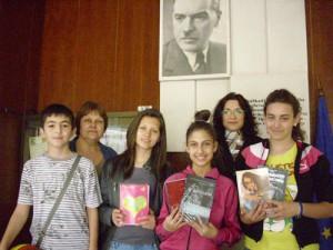 отборът с г-жа Елка Стоянова и г-жа Елена Николова